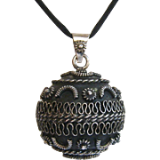 Large Sterling Silver 925 Etruscan Ball Pendant with Chime
