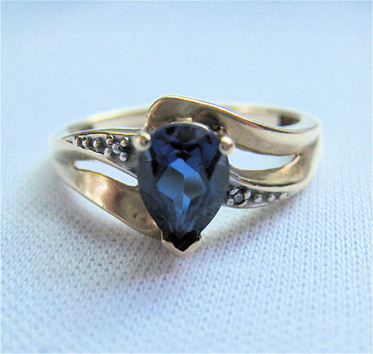 10K Yellow Gold Teardrop Sapphire Ring Size 6 From