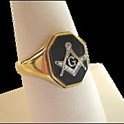 14K Gold Black Onyx Mason's Masonic Ring Handsome