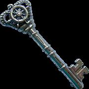 Sterling Silver 925 Skeleton Key PIn