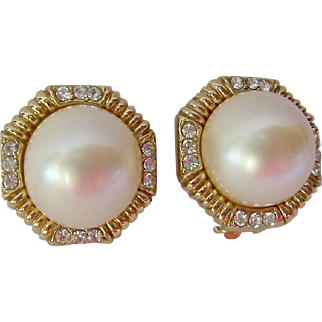 Elegant Ciner Clip Earrings Simulated Mabe Pearl and Clear Stone Accents