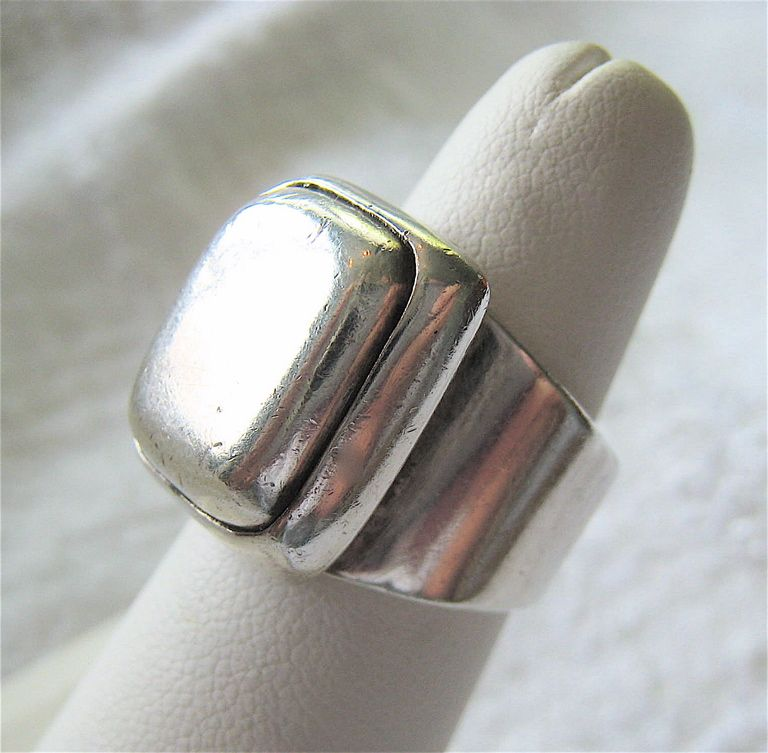 Furniture Store Sterling Va 25% SALE Heavy Sterling Silver 925 Ring Traditional Look Unisex from ...