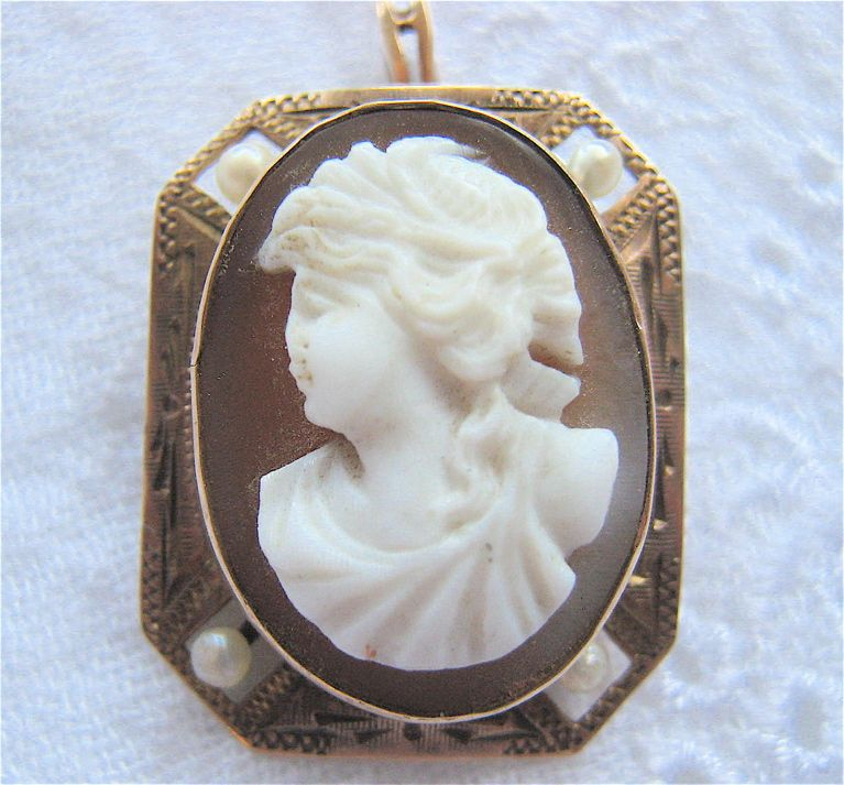 10K Rose Gold Octagonal Framed Hard Stone Cameo Pearl Insets Pin Pendant Signed