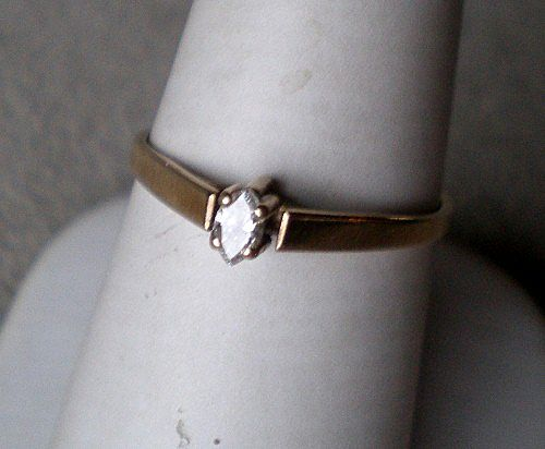 Fabulous 10k Gold Marquise Diamond Solitaire Ring
