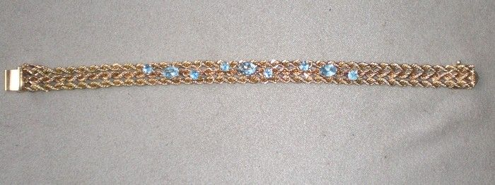 Gorgeous 14k Gold with Aquamarine Bracelet