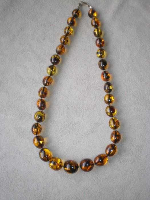 Gorgeous Amber Bead Necklace with Inclusions