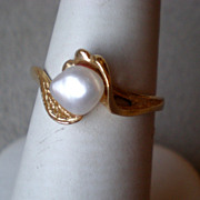 Fun 14k Gold with Mobe Fresh Water Pearl Ring