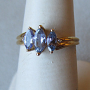 Beautiful 10k Gold and Tanzanite Ring