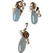 Stunning Ming's 14k Gold Jade and Pearl Demi Parure - Pendant and Earrings