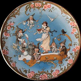 Stunning Antique H. Schlitt Mettlach Charger #2148 - Snow White