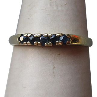 Beautiful 14k Gold and Sapphire Ring