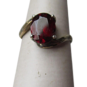 Fun 835 Silver and Garnet Ring