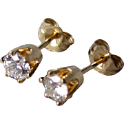 Stunning 14k Gold and 0.50cttw Diamond Stud Earrings
