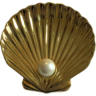 Trifari Goldtone Scalloped Oyster Shell with Pearl Pin Brooch