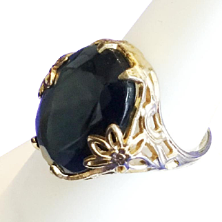 Vintage Uncas 14kge Uncas Ring with Deep Blue Faceted Glass Stone Size 6.75