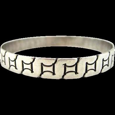 Sterling Silver Vintage Mexico Bangle Bracelet