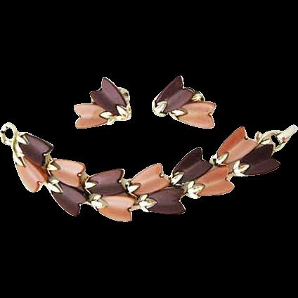 Lisner Thermoset Lucite Bracelet & Earrings