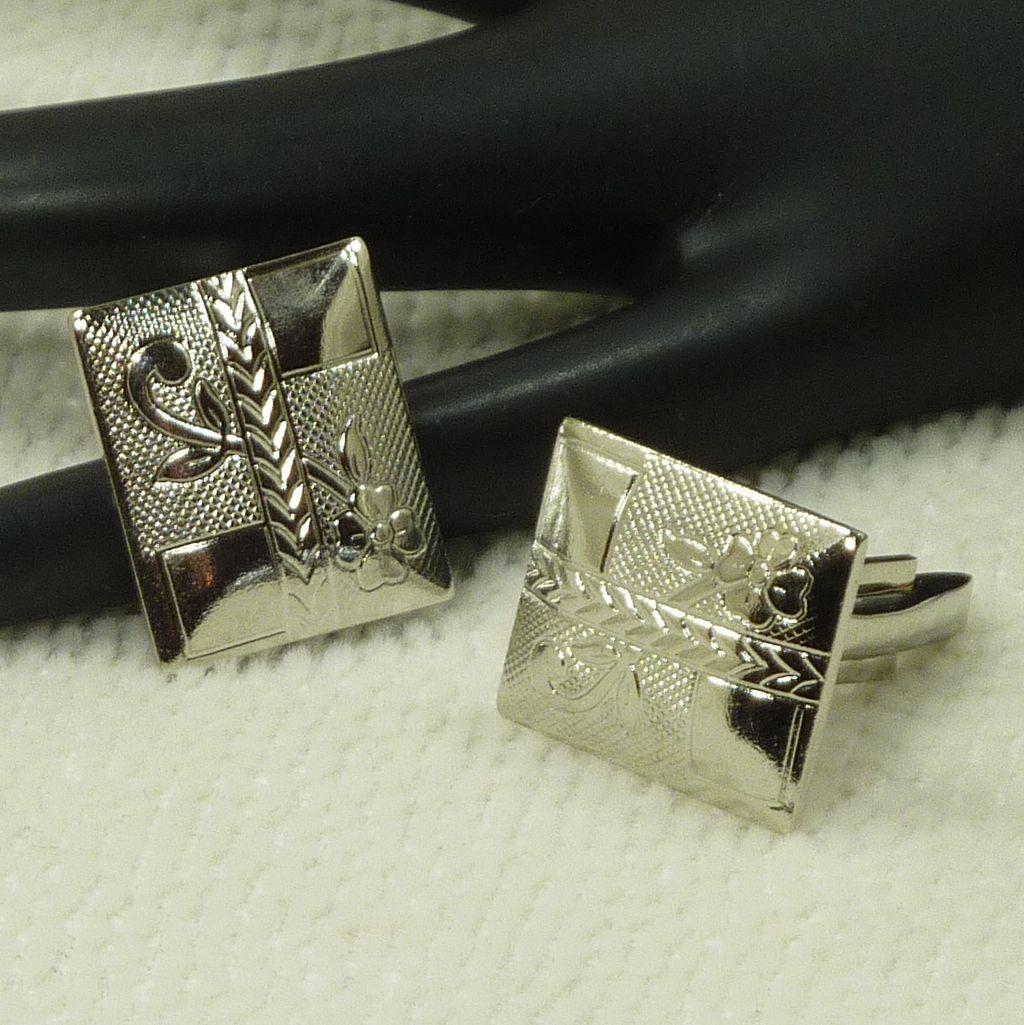 Rectangular Silver Tone Flower Etched Cufflinks