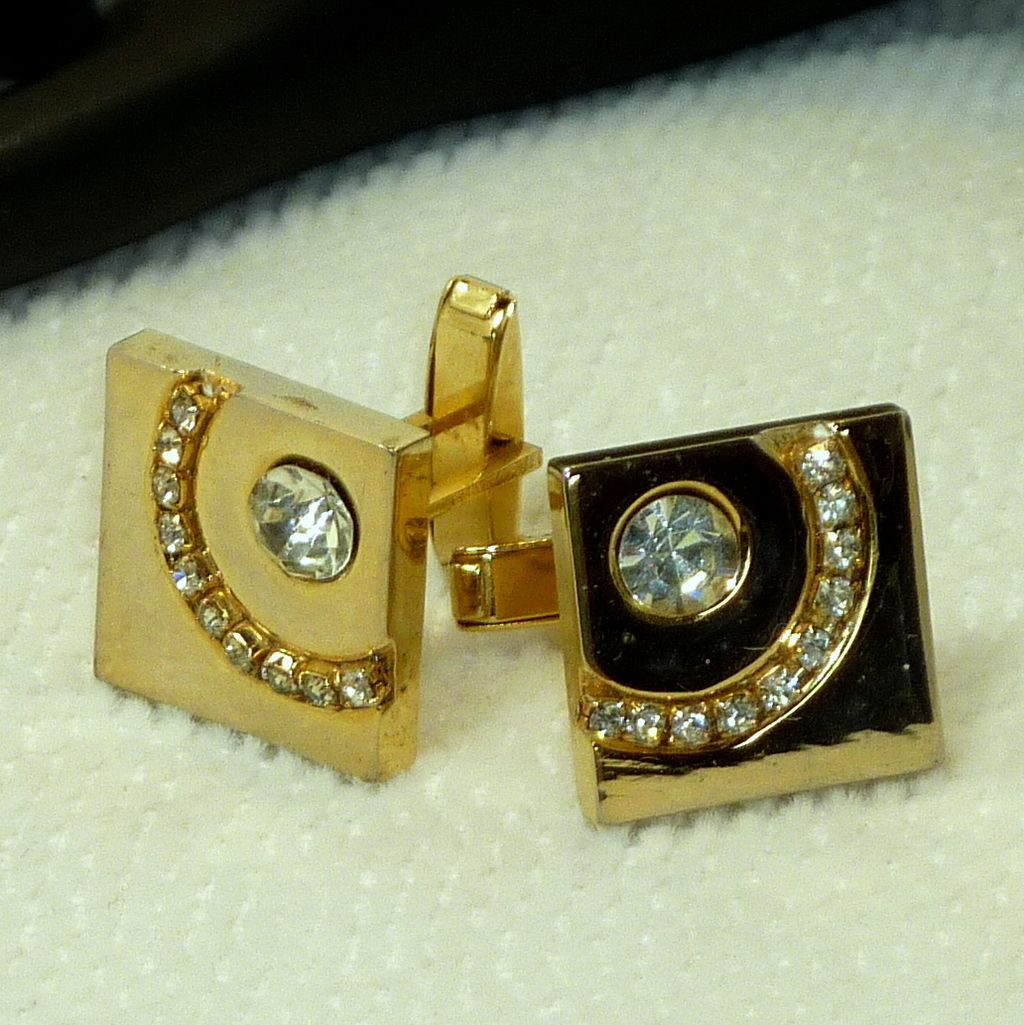 Bold Gold Tone Diamond Rhinestone Cufflinks Cuff Links