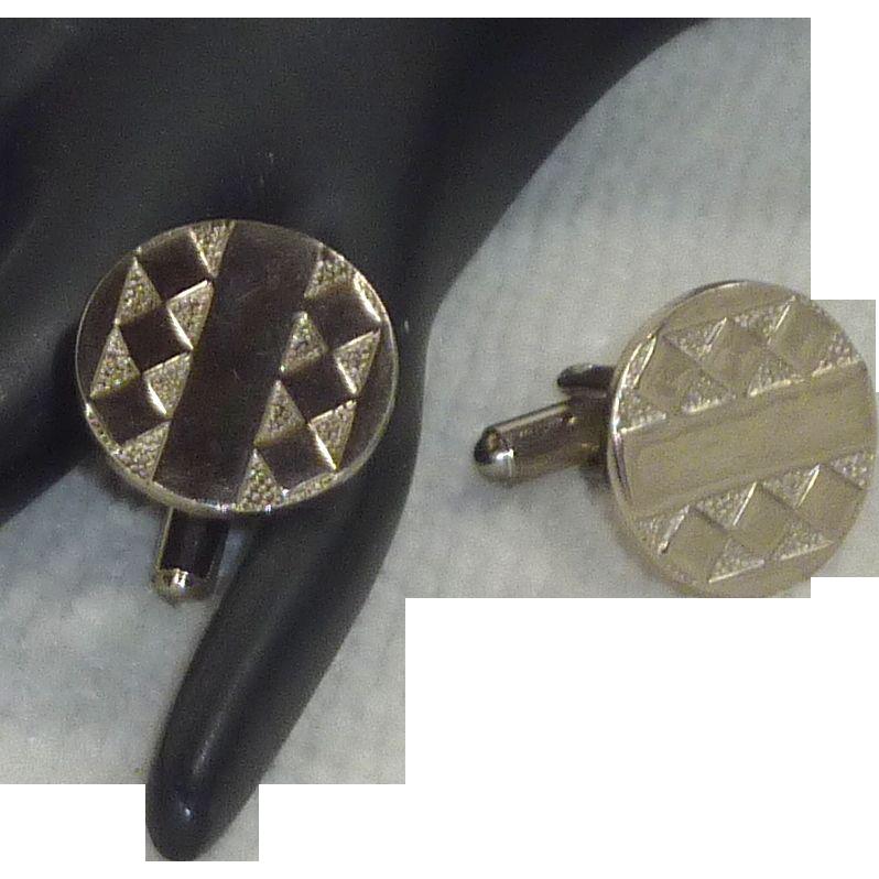 Diamond Pattern Motif Silver Toned Cuff Links Cufflinks
