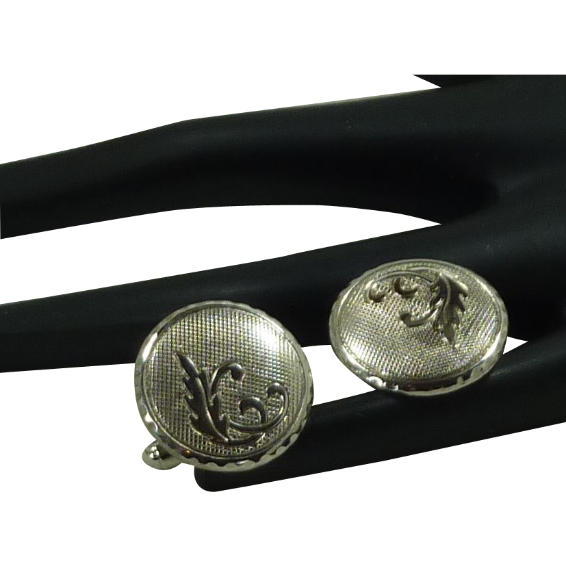 Round Silver Tone with Leaf Design Cufflinks Cuff Links
