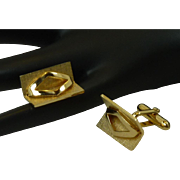 Swank Gold Tone 3 Dimensional Design Cufflink Cuff Links