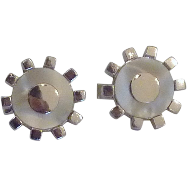 Sprocket Shape Mother Of Pearl Silver Tone Cufflinks Cuff Links
