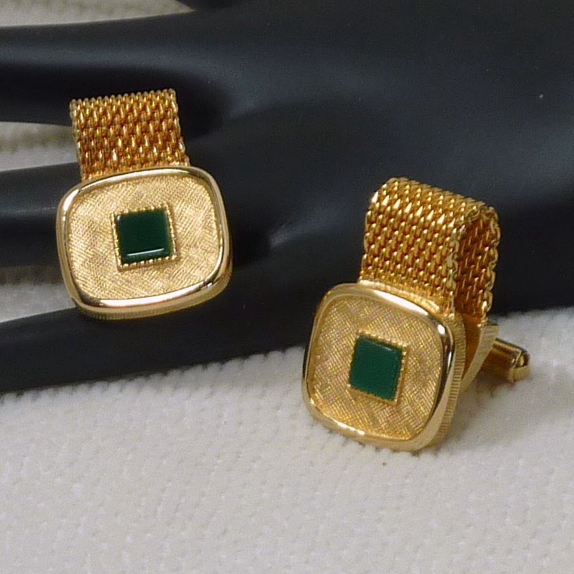 Brushed Gold Tone with Glass Green Square Wraparound Cufflink Cuff Links