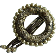 1920s Beautiful Dress Clip with Pearls