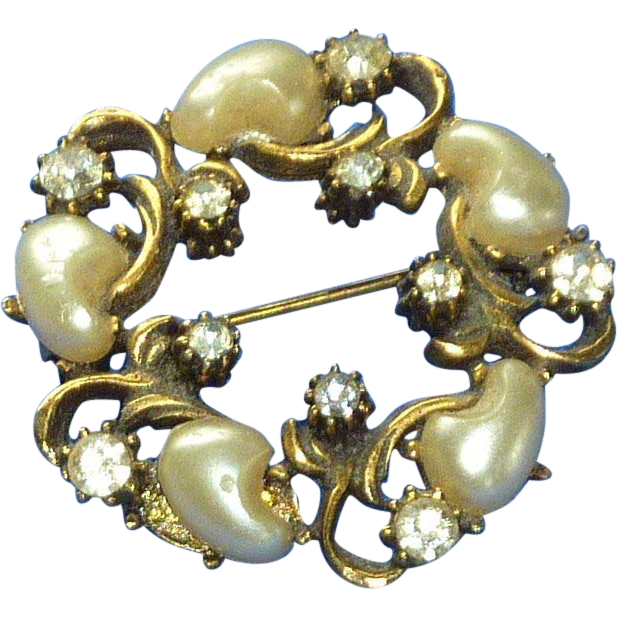 Faux Pearl and Diamond Rhinestone Gold Tone Brooch Pin