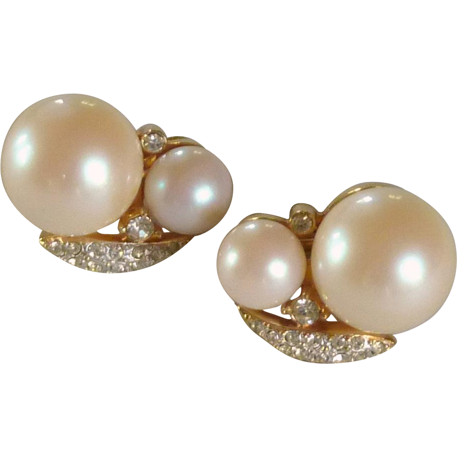 Classy Vintage Faux Pearl and Rhinestone Diamond Clip On Earrings