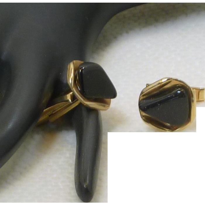 Black Stone on Gold Tone Triangle Shaped Cufflinks Cuff Links