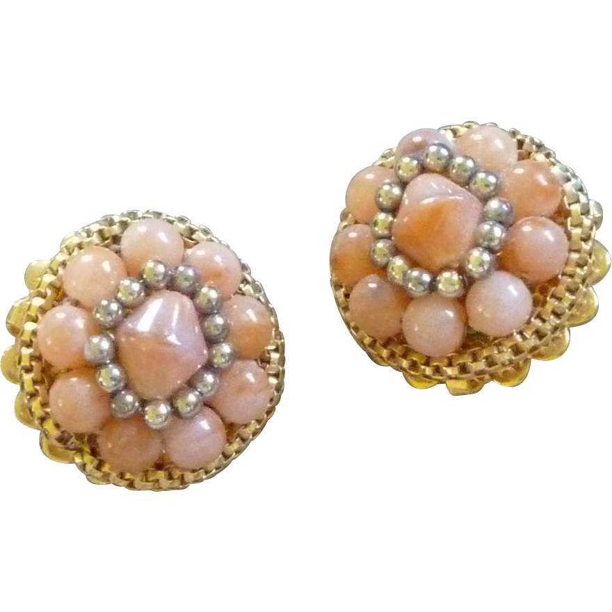 Gold Tone Peach Bead Clip On Earrings