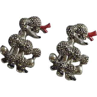 Scatter Pair of Poodle Dog Pins 1950's