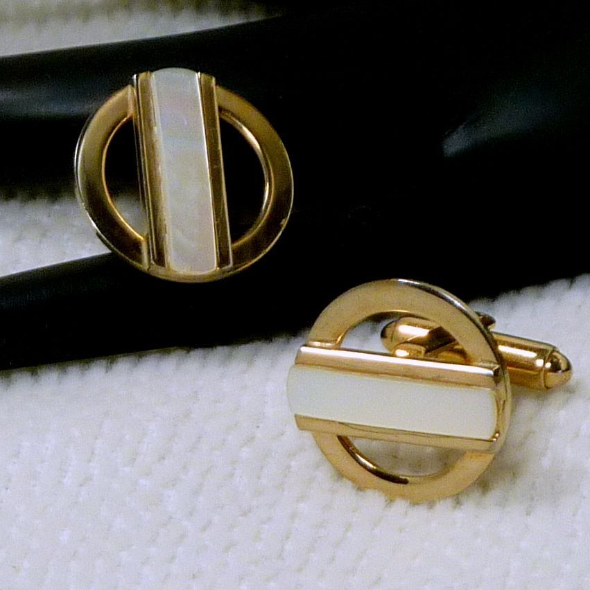 Mother of Pearl Gold Tone Cufflinks Cuff Links
