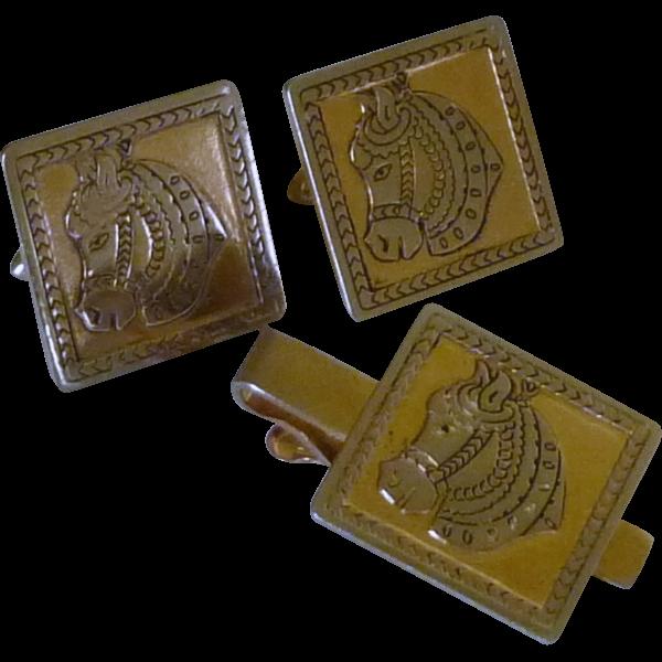 Gold Tone Swank Pony Horse Head Cufflinks Cuff Links