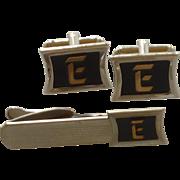 Hickok E Initial Gold Tone Cufflinks Cuff Links & Tie Clip