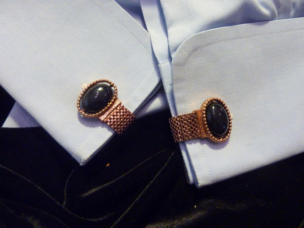 Wrap Around  Black Lucite Cabochon Cufflinks Cuff Links
