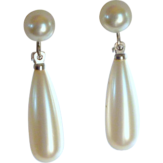 White Faux Pearl Drop Screw On Earring