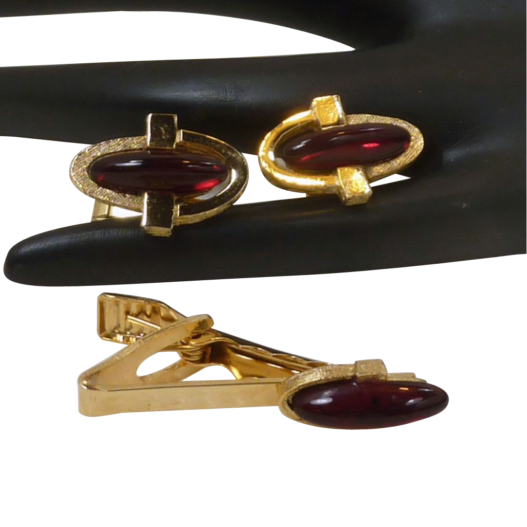 Gold Tone Red Glass Cufflinks Cuff Links and Clip Tie Bar