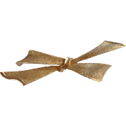 Coro Gold Tone Ribbon Bow Pin Brooch