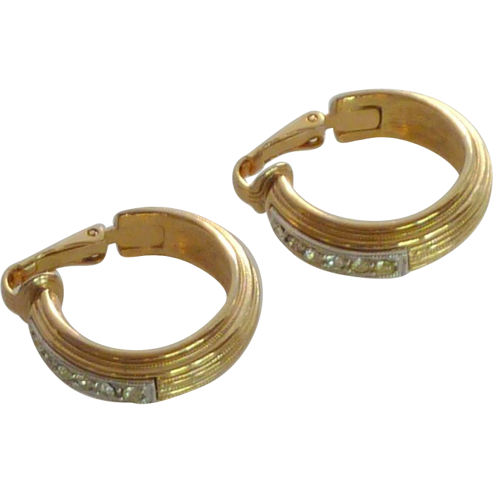 Gold Tone Sarah Coventry Loop Clip On Earrings