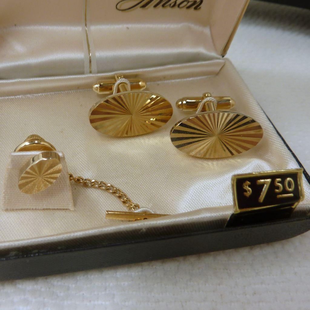 Anson Brilliant Facet Cut Gold Tone Cufflinks and Tie Tack