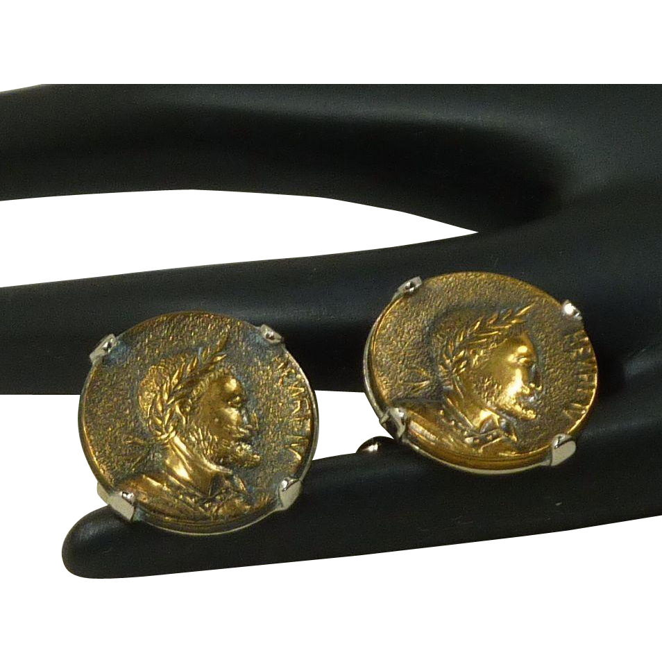 Hickok Henri IV Head Coin Gold Tone Cufflinks Cuff Links