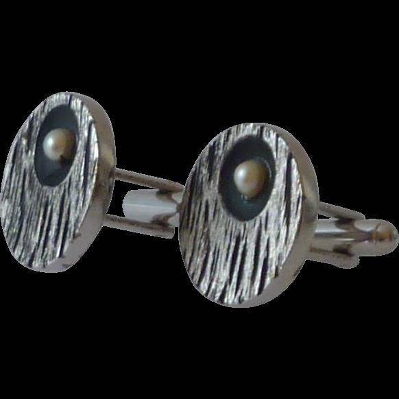 Silver Tone & Black Wood Grain Look in Metal Cufflinks Cuff Links