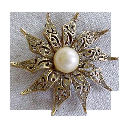 Gold Tone Pinwheel Rhinestone Faux Pearl Pin