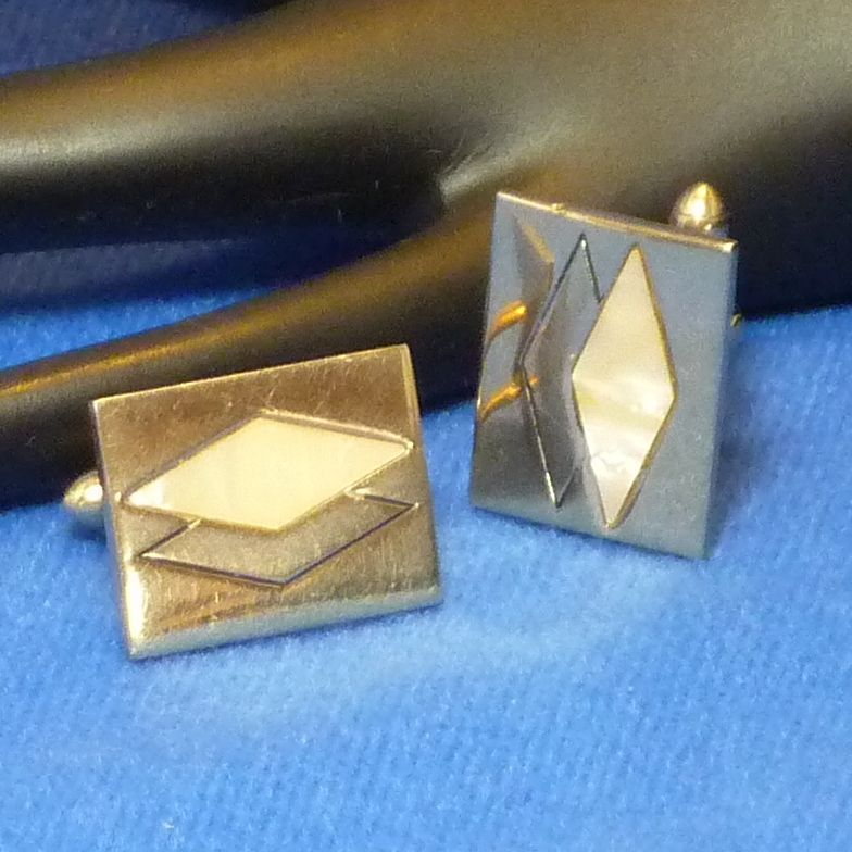 Swank Mother of Pearl Cuff Links Cufflinks
