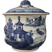 c1790 Chinese Blue and White Export Nanking Porcelain Covered Chocolate or Custard Cup