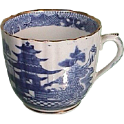 c1790s Willow Style Blue and White Printed English fluted Coffee Cup with Gilding