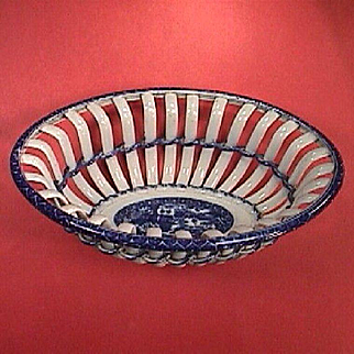 c1790 Early blue printed Transitional Pearlware Twig Basket with Chinoiserie Landscape and Figures